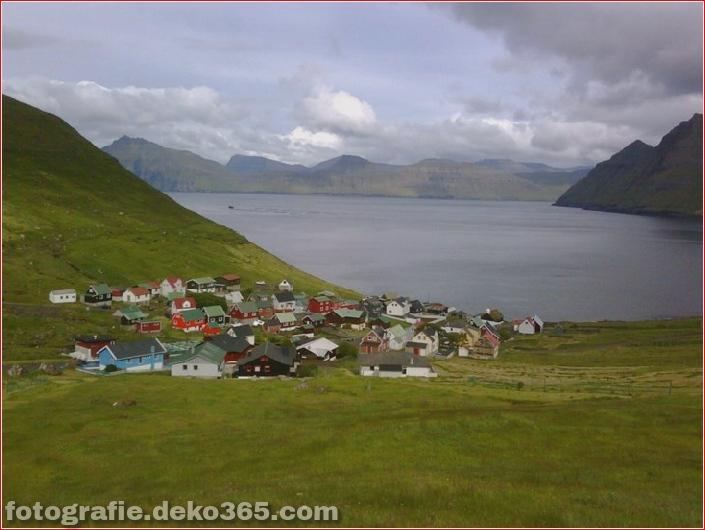 The village Gjógv