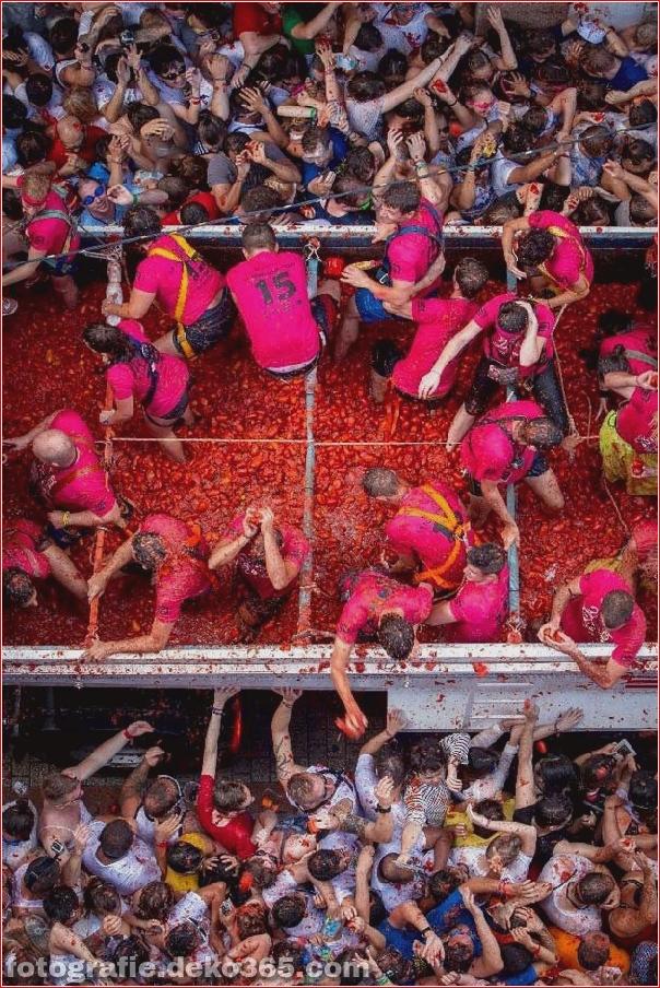 70. jährlicher Kampf mit Tomaten, in Fotografie (2)