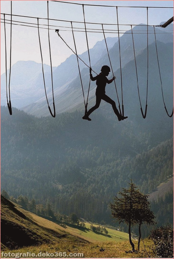 sky walking in the Alps