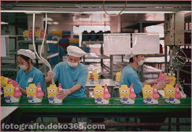 Spielzeugproduktion