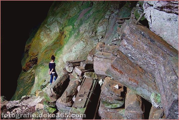 Geheimnisvolle hängende Särge von Sagada (2)