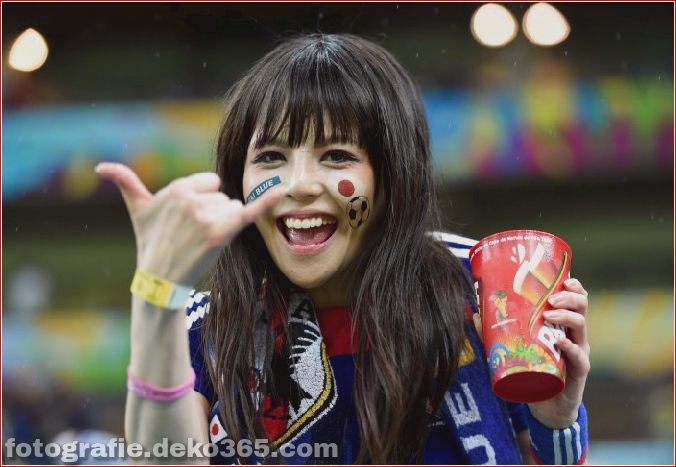 Fan Mädchen_5c901ef33a202.jpg