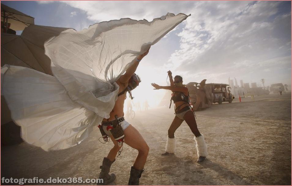 Burning Man - Schwarze Felsenwüste in Nevada (8)