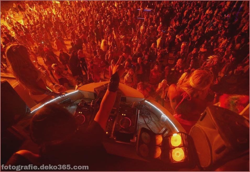 Burning Man - Schwarze Felsenwüste in Nevada (21)