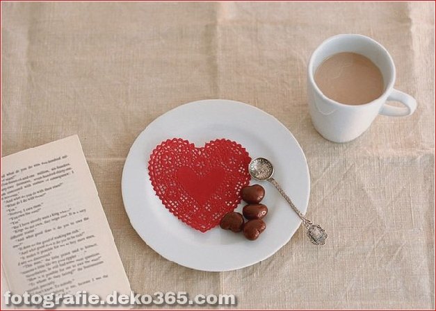 Liebe zum Herzen zum Valentinstag_5c9059de1376a.jpg