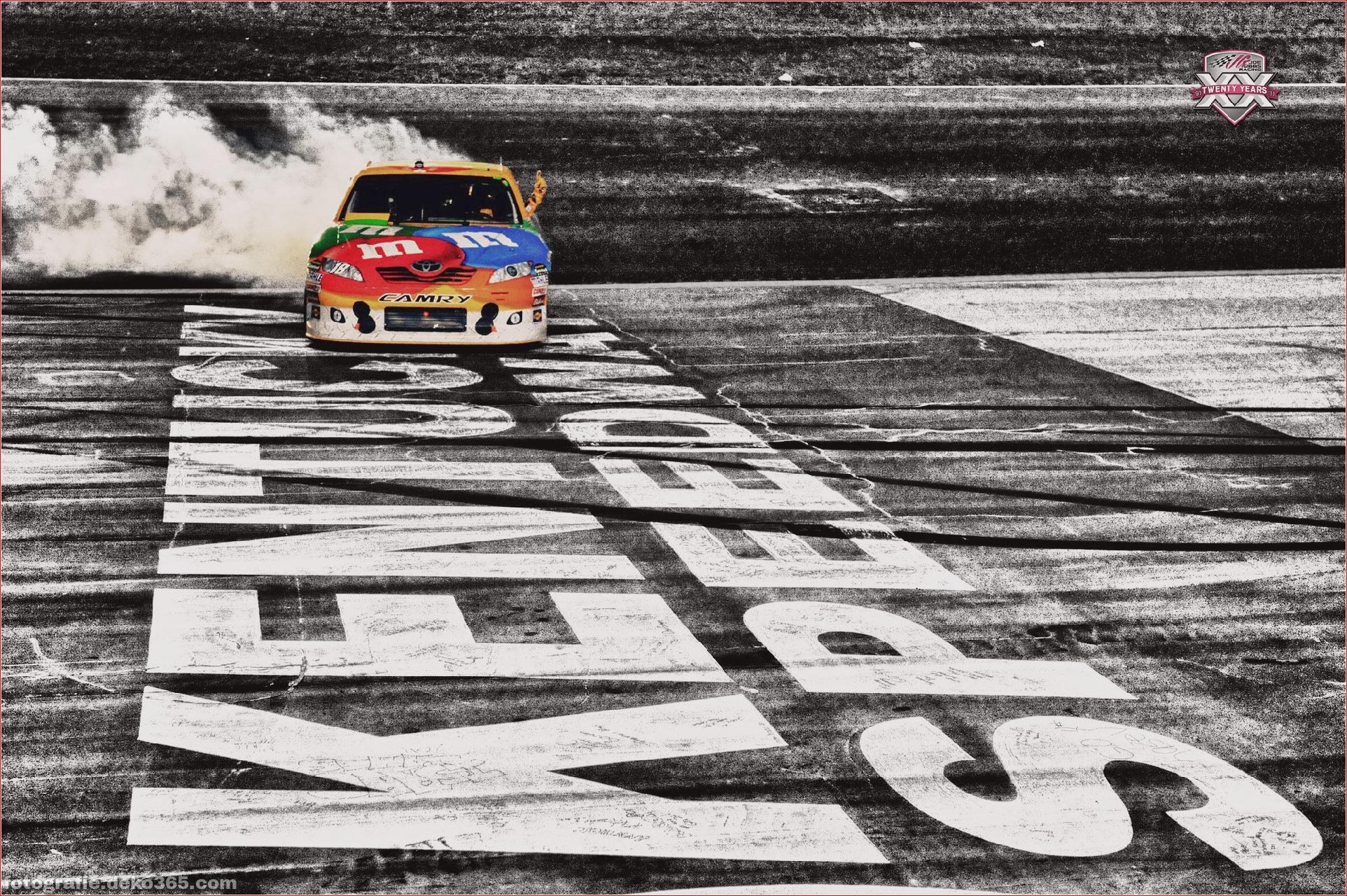 Schöne NASCAR-Hintergründe_5c8ffe6488c5a.jpg