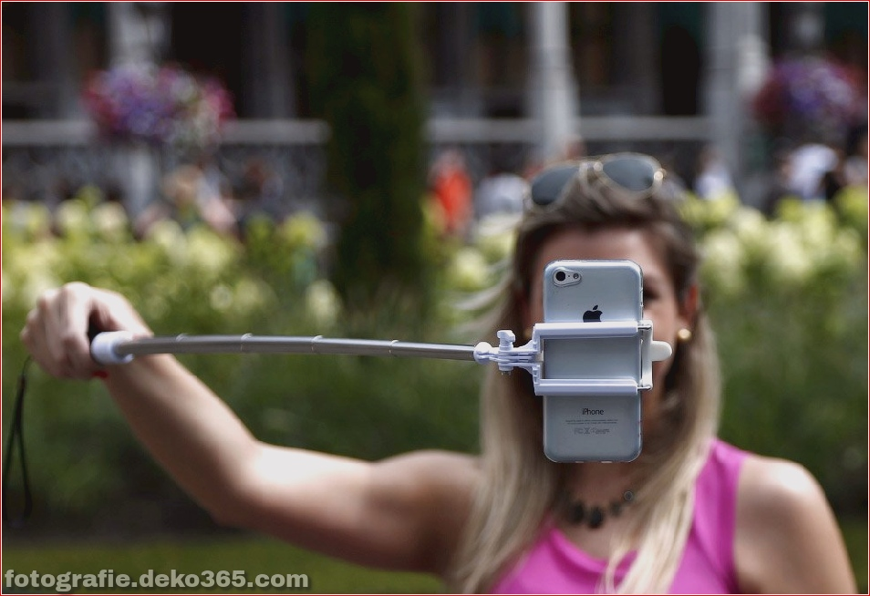 Selfie-Stick_5c900bf31a807.jpg