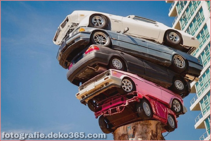 Die Kunst des Stapelns von Autos (3)