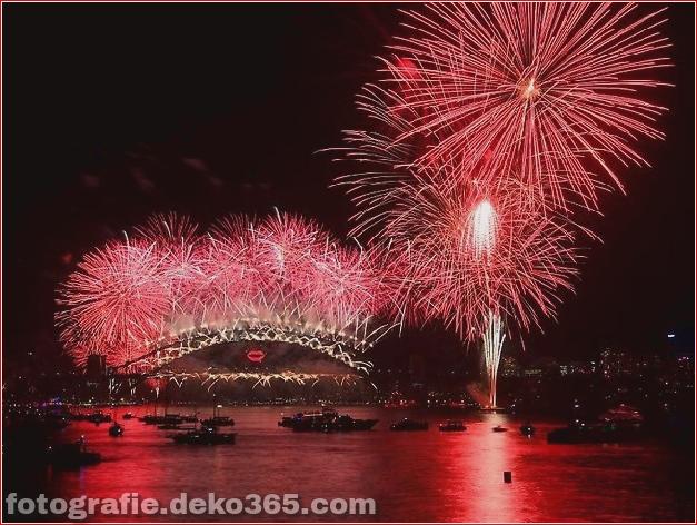 Feuerwerke des neuen Jahres 2013 über Sydney Harbour