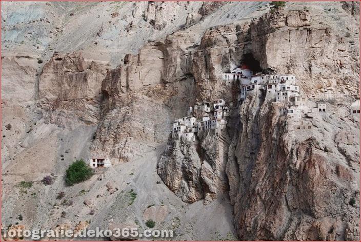 Unglaubliches Indien: Phugtal Monastery_5c9038d9001f1.jpg