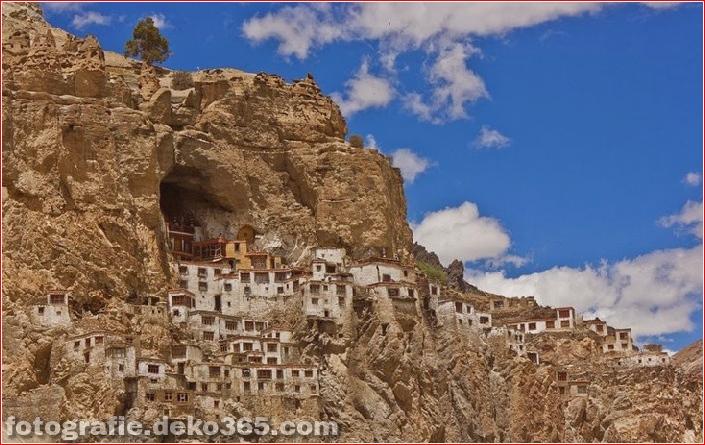 Unglaubliches Indien: Phugtal Monastery_5c9038dc669c3.jpg