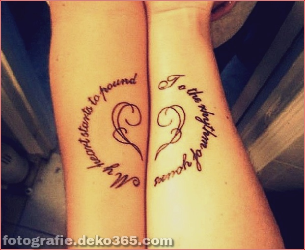 Romantische Paare Tattoo Designs (36)